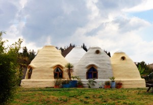 Super adobe houses at Organizmo, Colombia